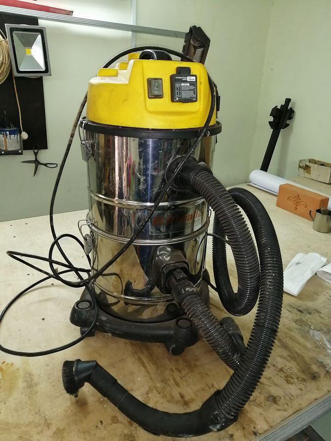 профессиональный пылесос с тройной фильтрацией